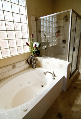 Things To Know Before You Replace Your Tub Or Shower In Arlington